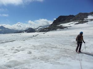 Esquerda a la punta de la gelera Hohlaubgletscher